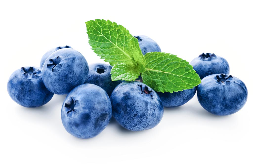 Image: New possible health benefits have been linked to the anthocyanidin family of berry pigments, which includes wild bilberries (Photo courtesy of Shutterstock).