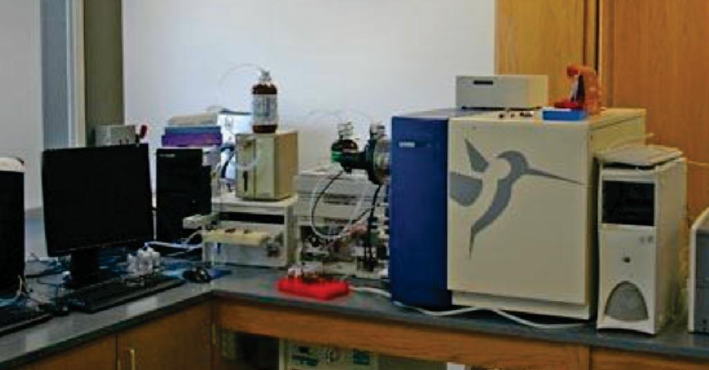 图片:MS ESI LC-TOF Micromass LCT 4(图片蒙Waters公司/加州大学尔湾分校惠赐)。