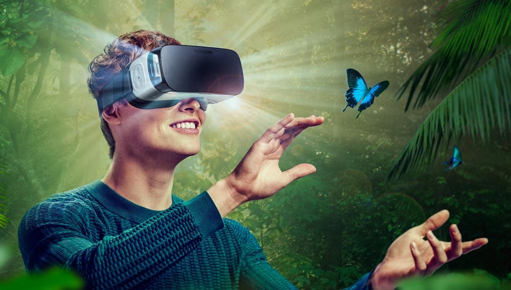 Imagen: El auricular VR Samsung Gear Oculus crea una realidad virtual (Fotografía cortesía de Samsung).