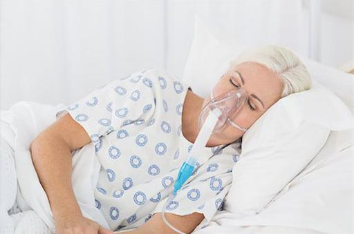 Imagen: Un estudio afirma que el oxígeno suplementario no tiene ninguna ventaja para los pacientes con accidente cerebrovascular (Fotografía cortesía de Shutterstock).