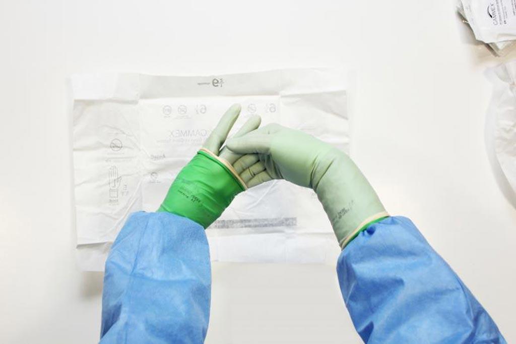 Imagen: El sistema GAMMEX PI Glove-in-Glove (Fotografía cortesía de Ansell).
