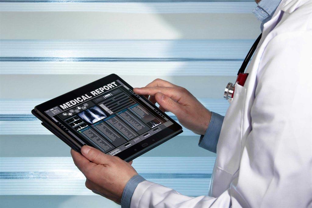 Imagen: Los estudios muestran que las HCE incómodas llevan a los médicos a la desesperación (Fotografía cortesía de 123rf.com).