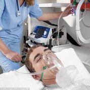 Imagen: Un paciente tratado con oxigenoterapia (Fotografía cortesía de Getty Images).