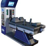 Imagen: Un sistema de tracción motorizado ayuda a aliviar los dolores de espalda (Fotografía cortesía de Excite Medical).