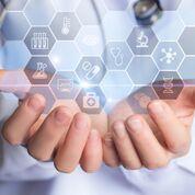Imagen: Las HCE ayudan a los médicos a compartir la información de los pacientes (Fotografía cortesía de Shutterstock).
