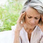 Imagen: Un estudio nuevo afirma que las mujeres que experimentan la menopausia más temprano viven vidas más cortas (Fotografía cortesía de Getty Images).