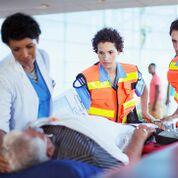Imagen: Un estudio nuevo afirma que los parches de nitroglicerina son ineficaces para bajar la presión arterial durante un accidente cerebrovascular (Fotografía cortesía de Medscape).