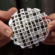 Imagen: Los investigadores afirman que un andamio impreso en 3D puede actuar como un marco y permitir que en las pacientes con cáncer crezca tejido mamario (Fotografía cortesía de All3DP).