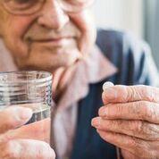 Imagen: Una aspirina al día puede hacer más daño que beneficio (Fotografía cortesía de Getty Images).