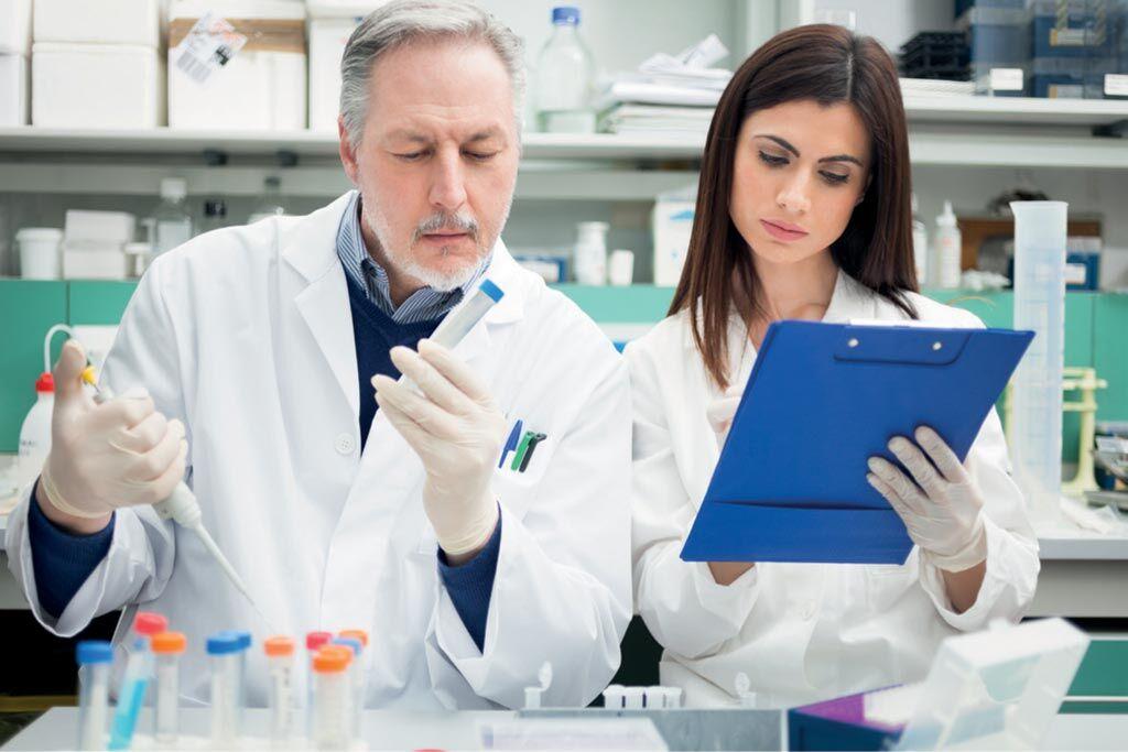 Imagen: Un estudio nuevo afirma que el trasplante de fluidos vaginales podría aliviar la vaginosis bacteriana (Fotografía cortesía de Getty Images).