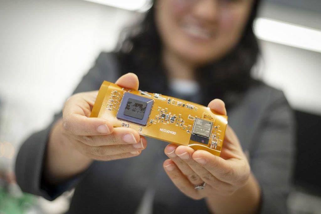 Imagen: La plataforma prototipo para la detección transcutánea de PaO2 (Fotografía cortesía de WPI)