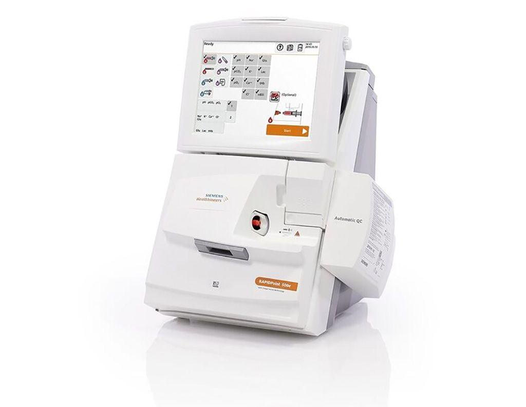 Imagen: El analizador de gases en sangre RAPIDPoint 500e (Fotografía cortesía de Siemens Healthineers)