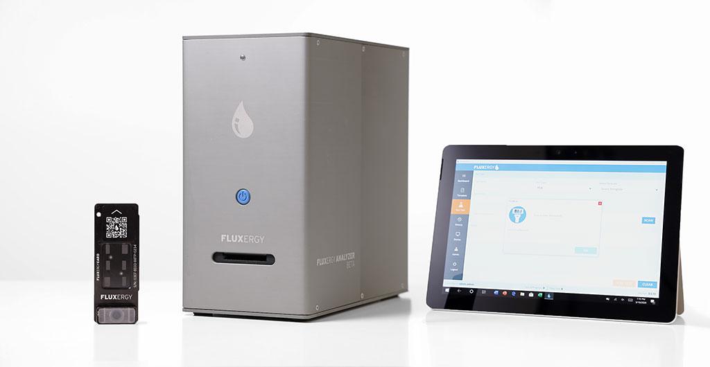 Imagen: El sistema de prueba de diagnóstico Fluxergy (Fotografía cortesía de Fluxergy)