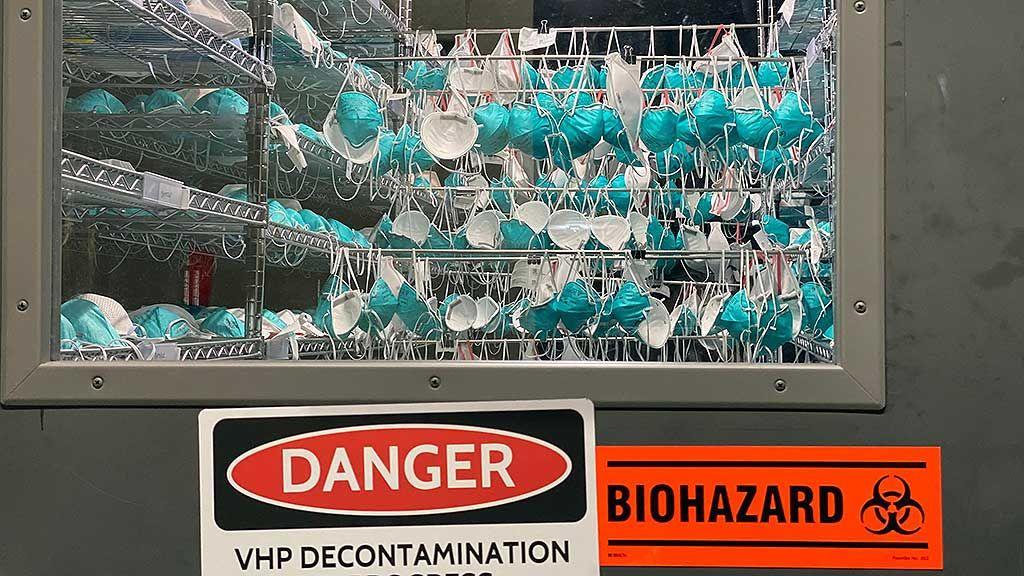 Imagen: El sistema de descontaminación de mascarillas VHP N95 de Battelle (Fotografía cortesía de Battelle)