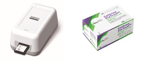 La prueba SAMPINUTE™ COVID-19 Antígeno MIA (izquierda) y la DiaTrust™ COVID-19 IgG/IgM Rapid Test (Fotografía cortesía de Celltrion)