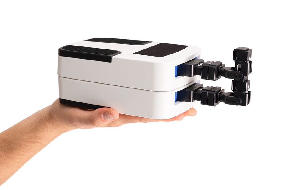 Imagen: El robot médico de mesa Micromate (Fotografía cortesía de iSYS)