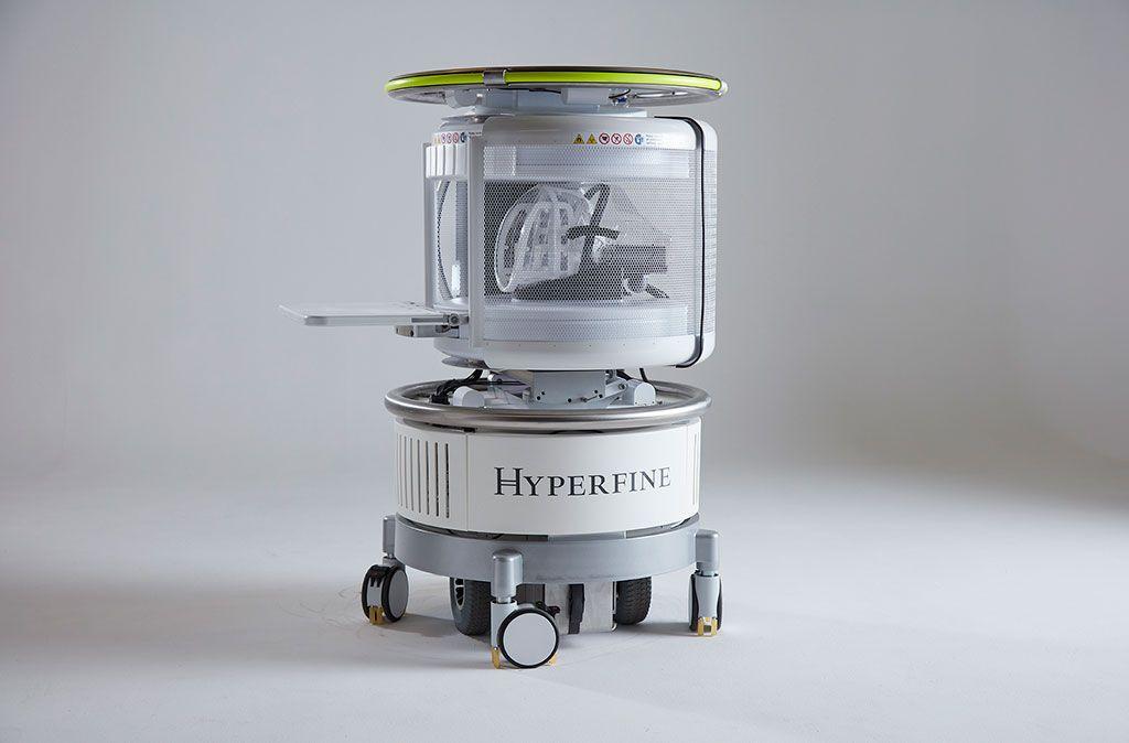 Imagen: El dispositivo pRM Swoop de campo bajo (Fotografía cortesía de HyperFine Research)
