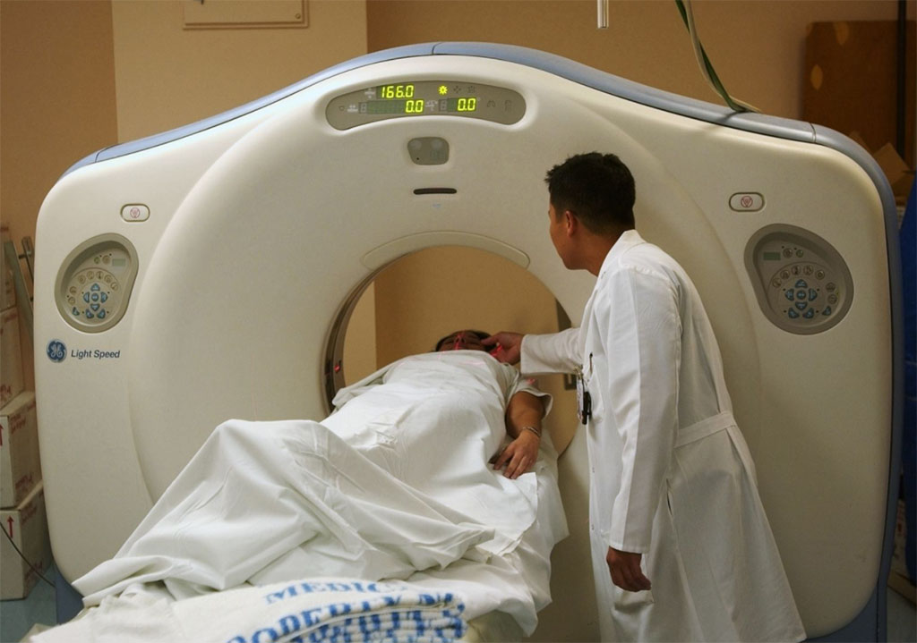 Imagen: El algoritmo DA-CMIL analiza tomografías computarizadas de tórax para diagnosticar la COVID-19 (Fotografía cortesía de Pixabay)