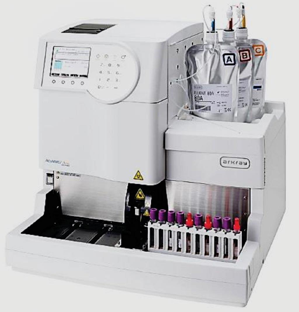 El analizador de glicohemoglobina (HbA1c), completamente automatizado, ADAMS A1c, HA-8180 basado en la HPLC (Fotografía cortesía de Arkray).