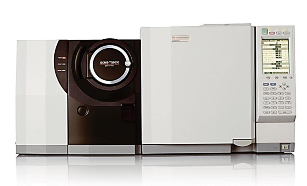 Imagen: Cromatografía de gases en tándem con la espectrometría de masas de GCMS TQ-8030 GC-MS/MS (Fotografía cortesía de Shimadzu).