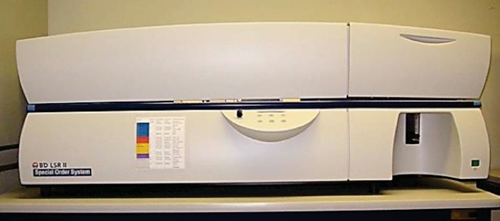 Imagen: El citómetro de flujo LSR II (Fotografía cortesía de BD Bioscience/Facultad de Medicina Albert Einstein).