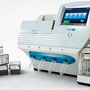 Imagen: El ensayo Oncomine Focus se realiza utilizando la tecnología Ion Torrent. La prueba está diseñada para ayudar a los oncólogos a acelerar la selección de un plan de tratamiento para sus pacientes en días en lugar de semanas (Fotografía cortesía de Thermo Fisher Scientific).