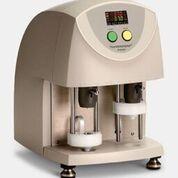 Imagen: El Analizador de Hemostasia, TEG 5000 Thrombelastograph, se utiliza para ayudar a evaluar los riesgos de hemorragia y trombosis y para controlar las terapias antitrombóticas (Fotografía cortesía de Haemonetics).