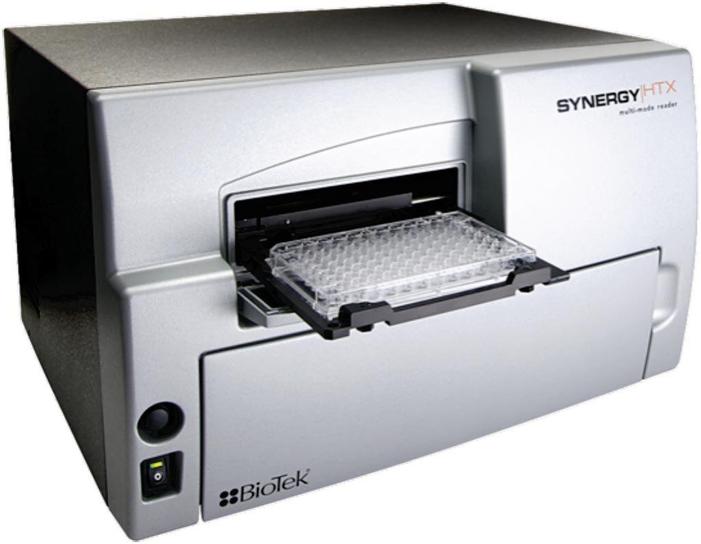 Imagen: El lector de microplacas multimodo Synergy HTX es un sistema compacto y económico para microplacas de 6 a 384 pozos y placas de microvolumen Take3 (Fotografía cortesía de BioTek).
