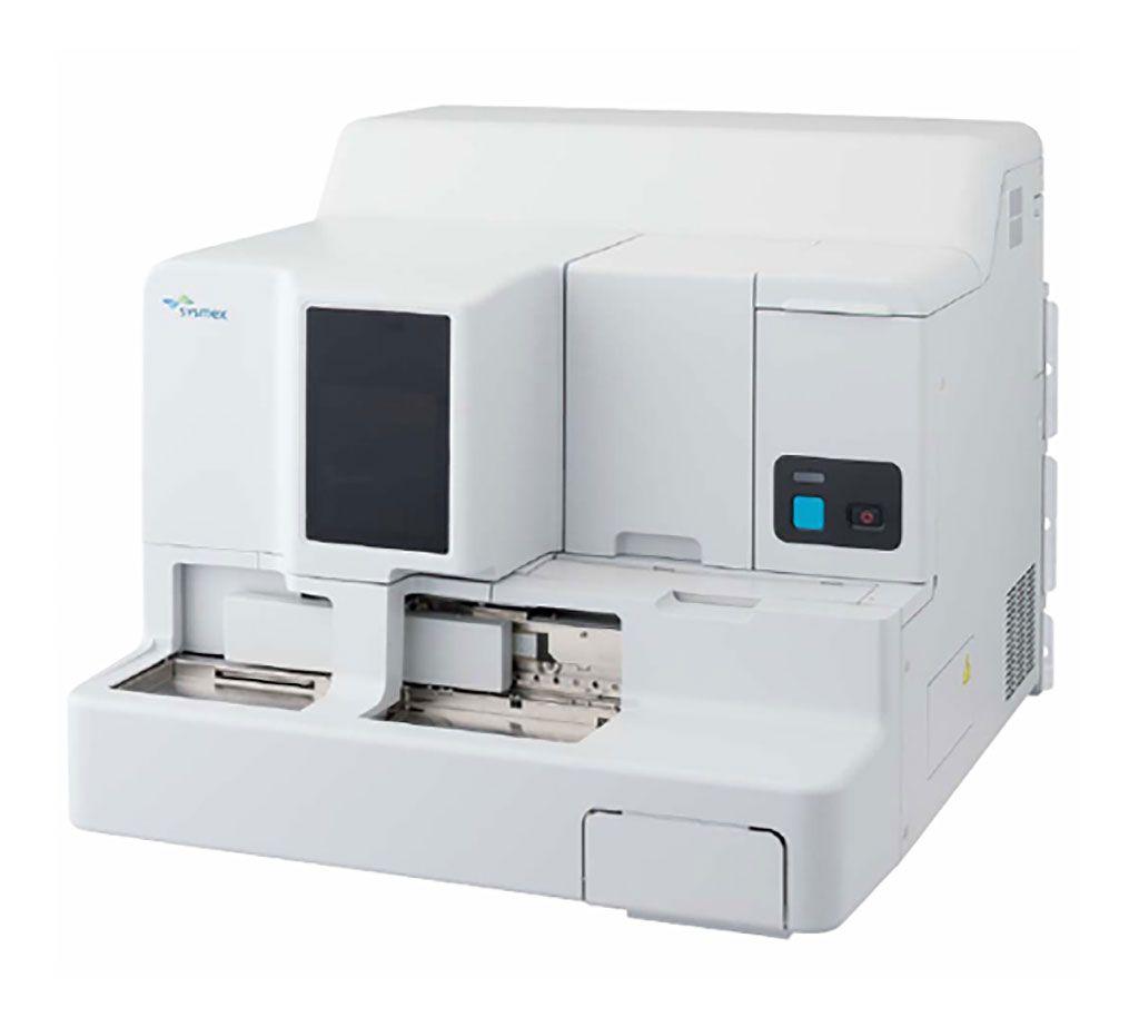 Imagen: El CS-2400 es una estación de coagulación de alto rendimiento que permite a los laboratorios realizar pruebas de rutina y especializadas, incluidas pruebas de función plaquetaria (Fotografía cortesía de Sysmex).