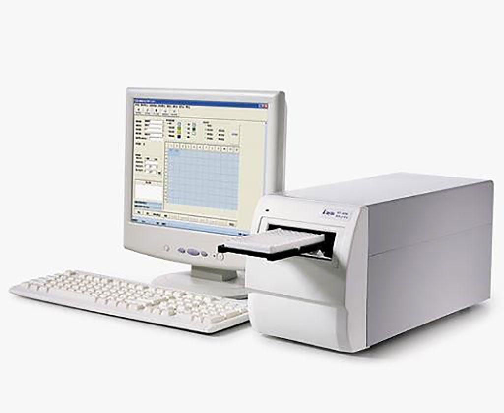 Imagen: El lector de microplacas Rayto RT ‐ 6500 (Fotografía cortesía de Rayto Life and Analytical Sciences)