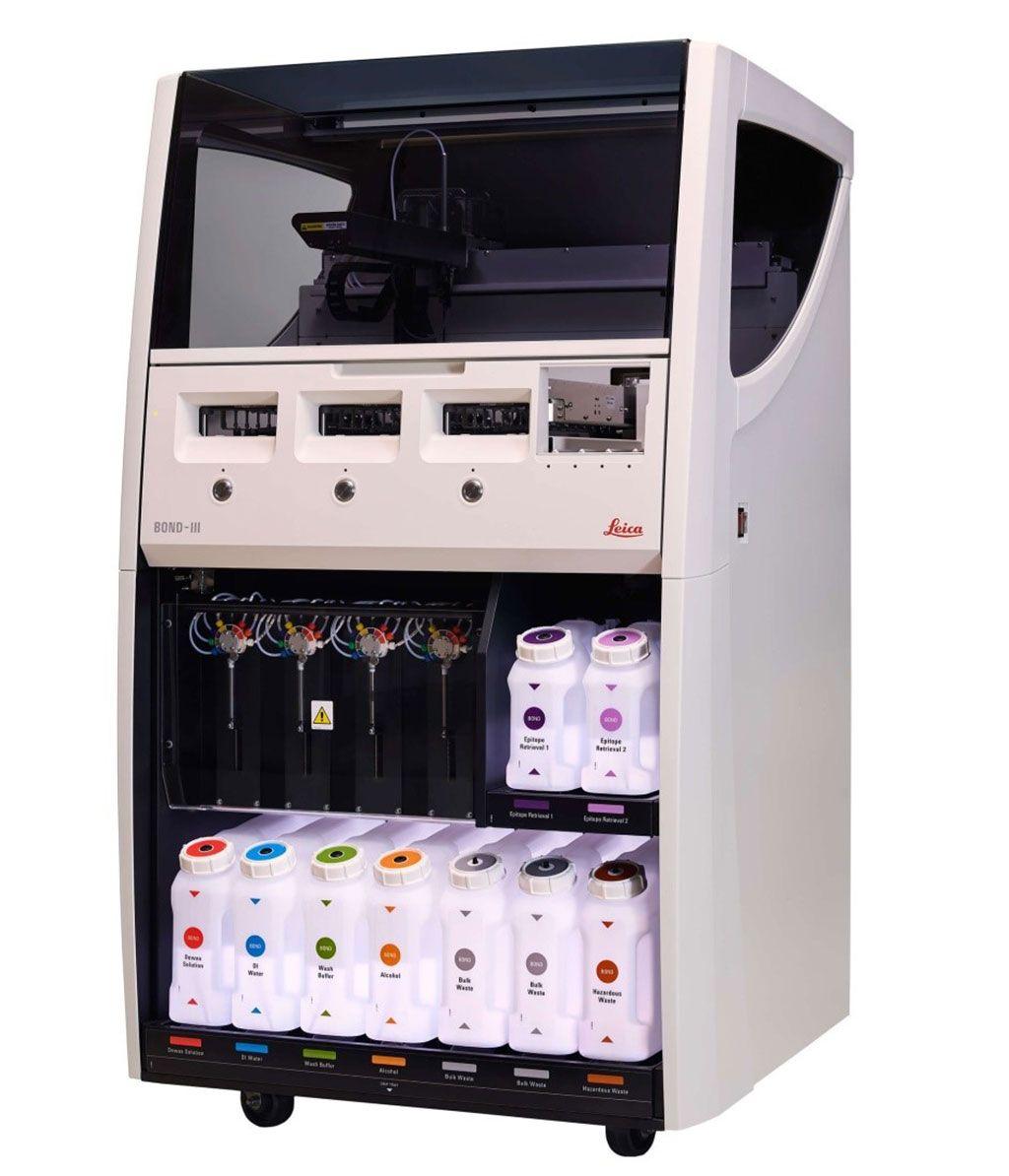 Imagen: Un sistema de inmunocoloración automático Leica BOND-III (Fotografía cortesía de Leica Biosystems)