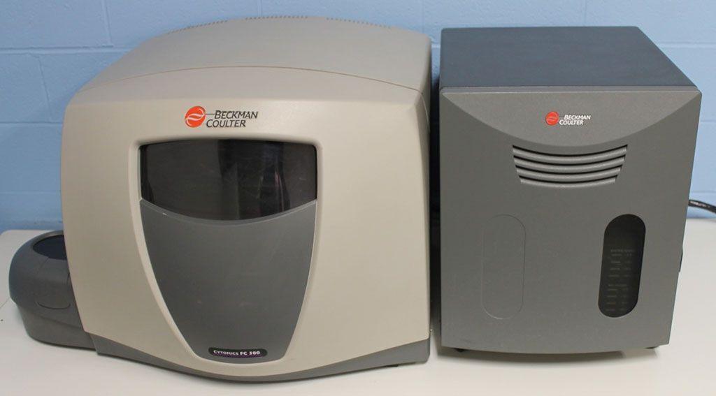 Imagen: El sistema de citómetro de flujo Cytomics FC500 (Fotografía cortesía de Beckman Coulter Life Sciences)