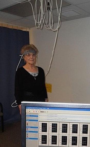 Imagen: Una imagen de fNIRS de la corteza frontal durante la actividad (Fotografía cortesía de la Universidad de Drexel).