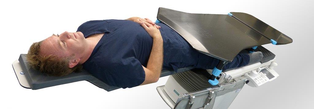 Imagen: Una nueva plataforma proporciona un entorno estable para los procedimientos de PCI femoral (Fotografía cortesía de Adept Medical).