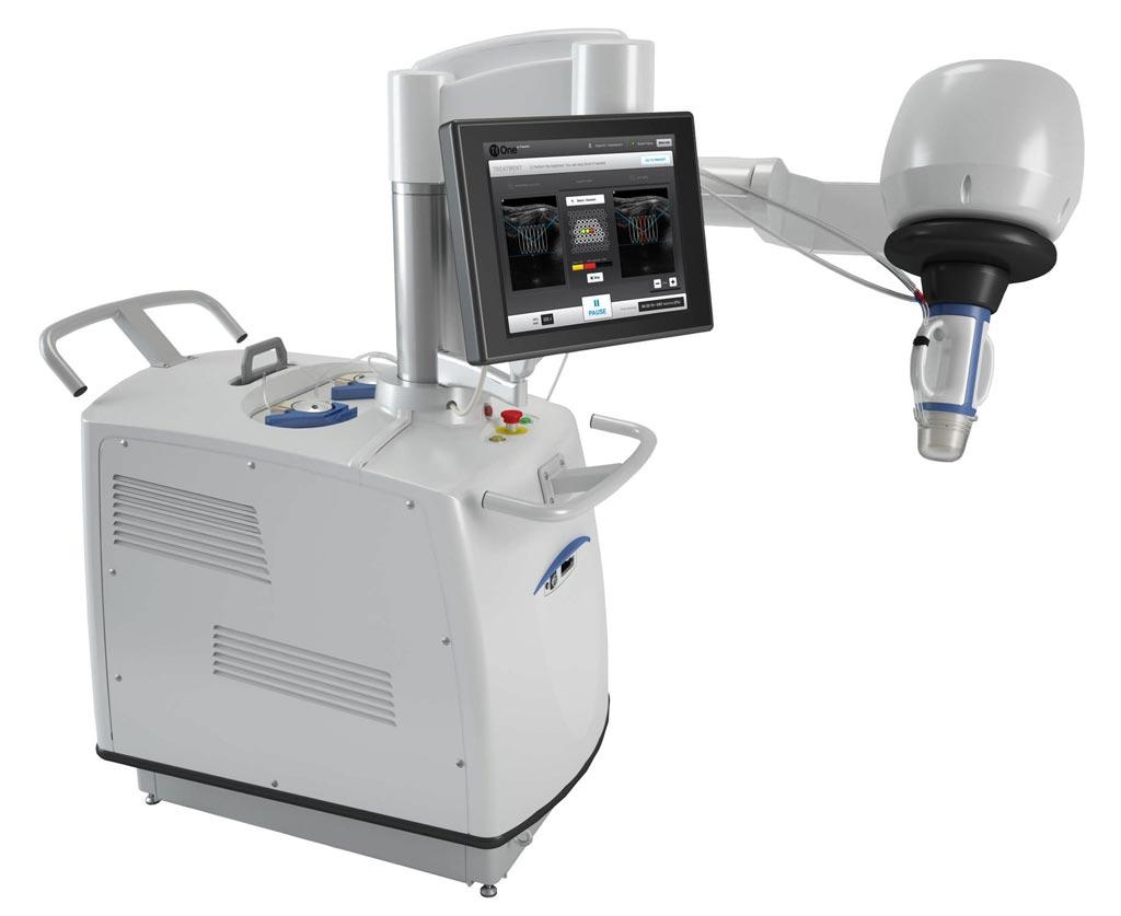 Imagen: El dispositivo EchoPulse trata los tumores benignos de manera no invasiva (Fotografía cortesía de Theraclion).