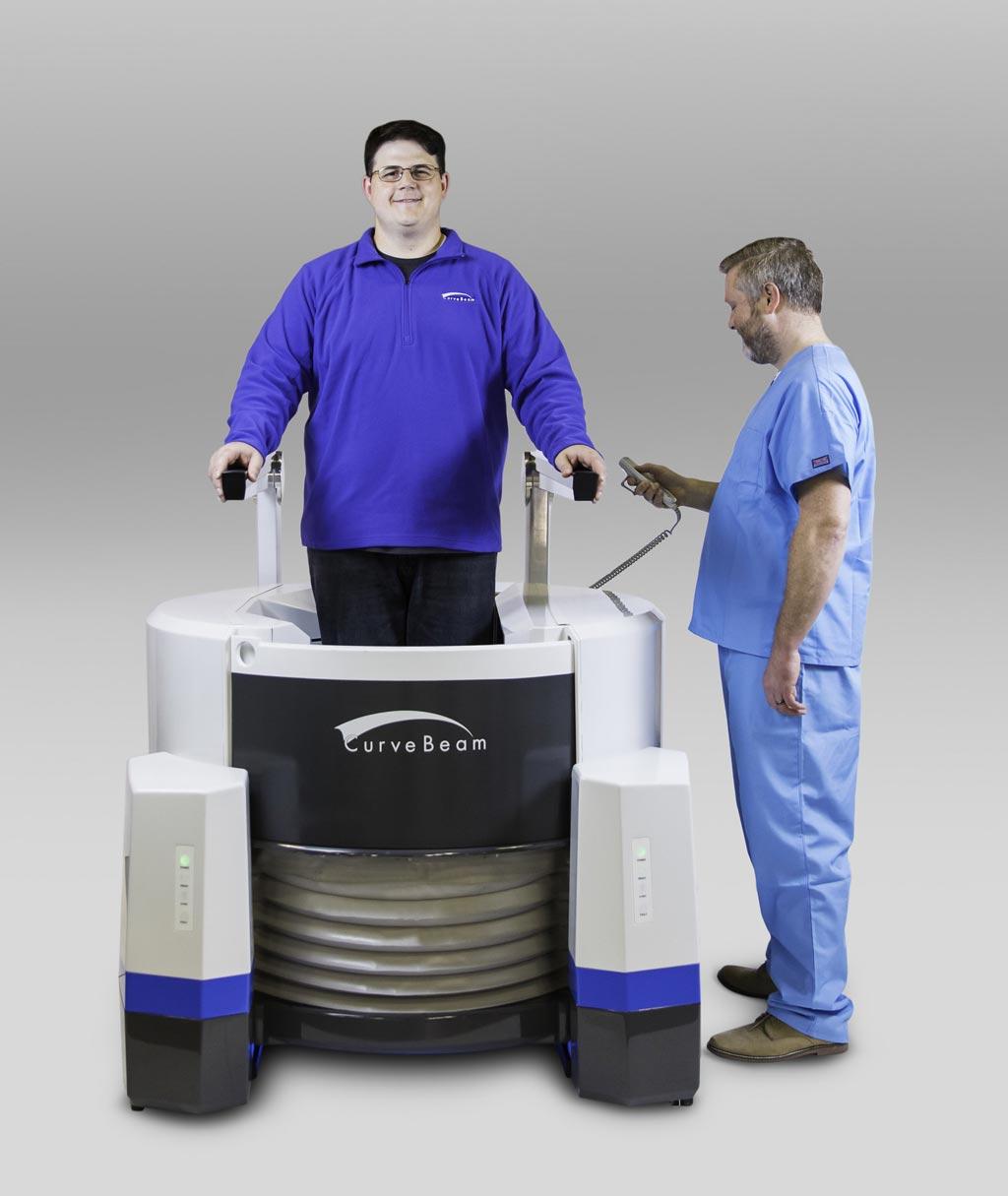 Imagen: El sistema de TC ortopédico para las extremidades LineUP (Fotografía cortesía de CurveBeam).