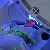 Imagen: Se recomienda el hipofraccionamiento de la radioterapia en el cáncer de próstata temprano (Fotografía cortesía de iStock Photo).