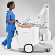 Imagen: El sistema de rayos X móvil, Mobilett Elara Max (Fotografía cortesía de Siemens Healthineers).