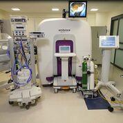 Imagen: El sistema Embrace Neonatal MRI dentro de una UCIN (Fotografía cortesía de Aspect Imaging).