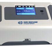 Imagen: El 1028 XP CRM detecta niveles inseguros de gas radón radiactivo (Fotografía cortesía de Sun Nuclear).