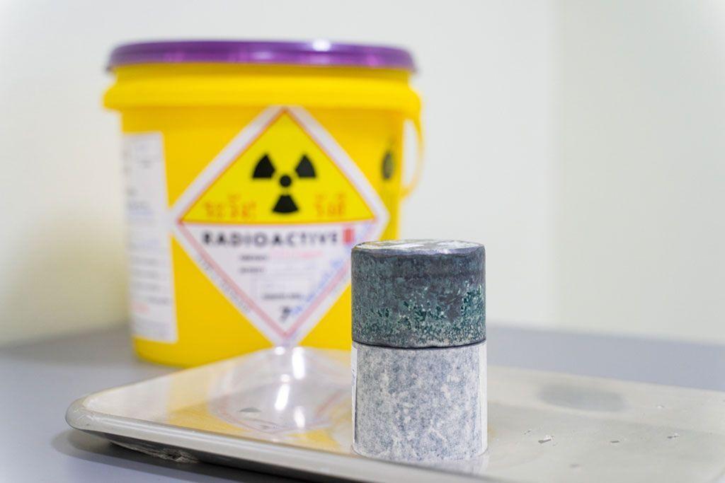 Imagen: El yodo radioactivo es el tratamiento recomendado para el hipertiroidismo (Fotografía cortesía de iStock)