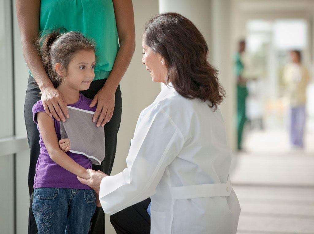 Imagen: La fractura en el brazo y la muñeca también se pudo identificar mediante ultrasonido (Fotografía cortesía de Getty Images)