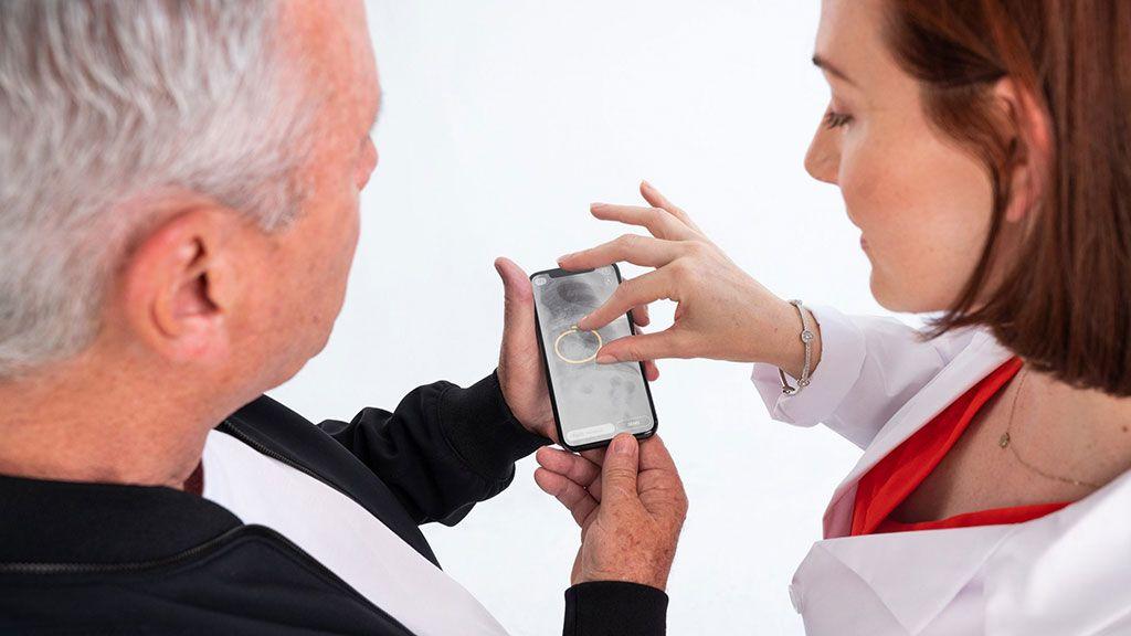 Imagen: La plataforma con IA ayuda en la colaboración entre radiólogos (Fotografía cortesía de Braid Health)