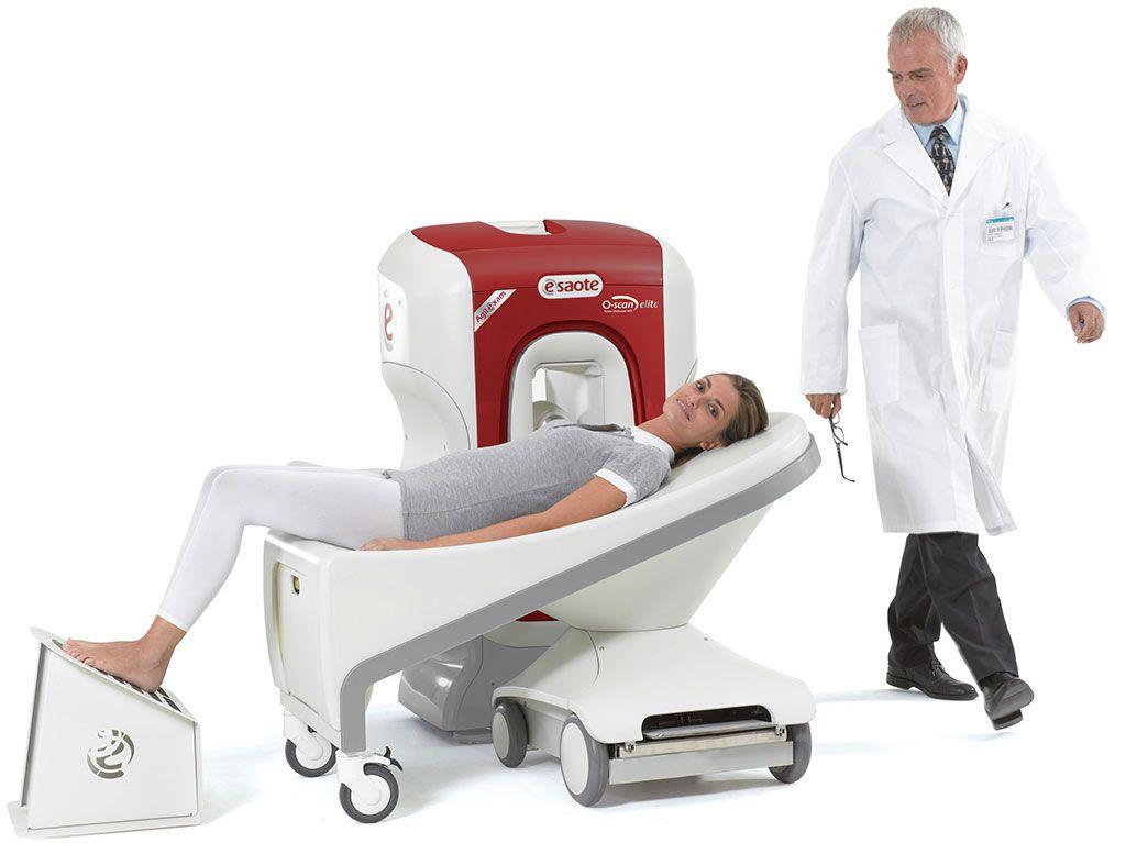 Imagen: El equipo de RM dedicado, para extremidades, O-scan Elite (Fotografía cortesía de Esaote)