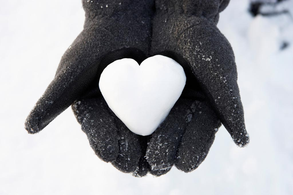 Image: A new study suggests heart attacks are more prevalent during cold weather (Photo courtesy of Shutterstock).