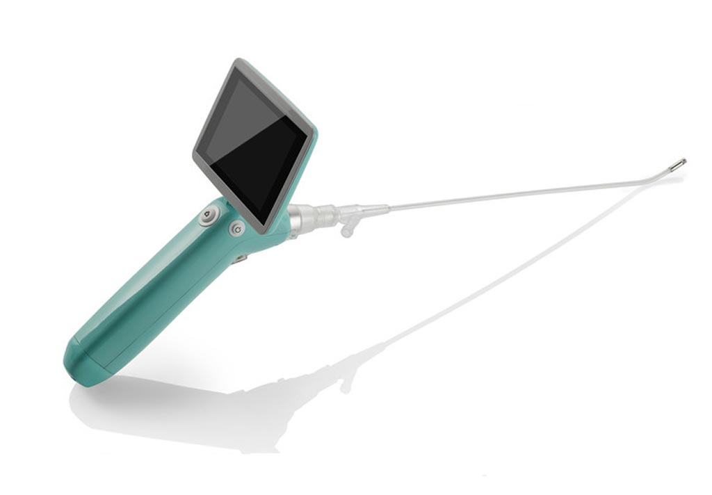 Image: The portable diagnostic cystoscope is designed to eliminate cross-contamination (Photo courtesy of UroViu).
