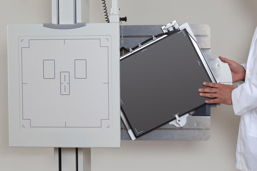 Image: Canon displayed its range of X-ray tubes, X-ray flat panel detectors (FPDs) and X-ray image intensifiers at the MEDICA trade fair (Photo courtesy of Canon).