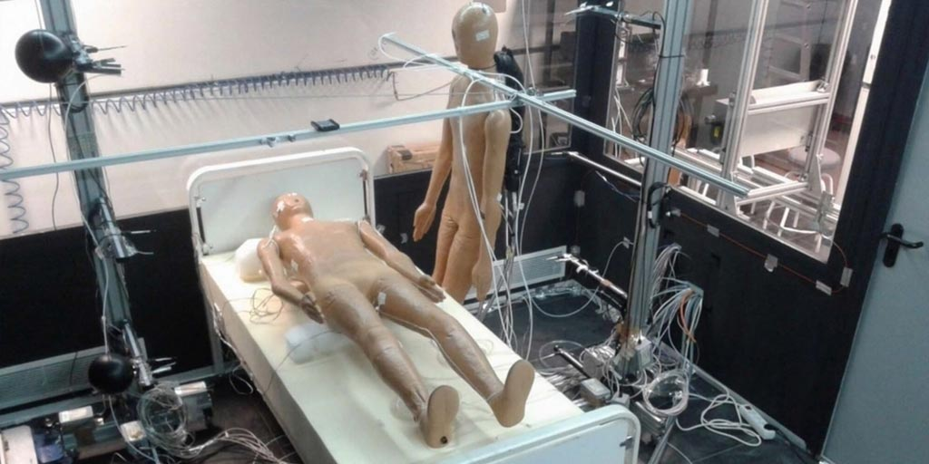 Image: Two mannequins in the displacement ventilation study (Photo courtesy of UCO).
