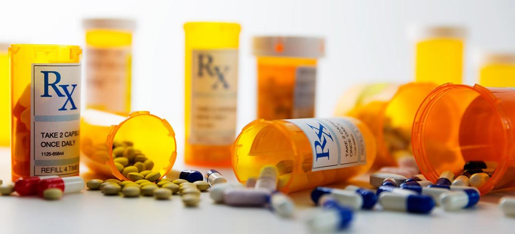Image: A new study suggests that prescribing alternative drugs can reduce opioid risk (Photo courtesy of iStockPhoto).