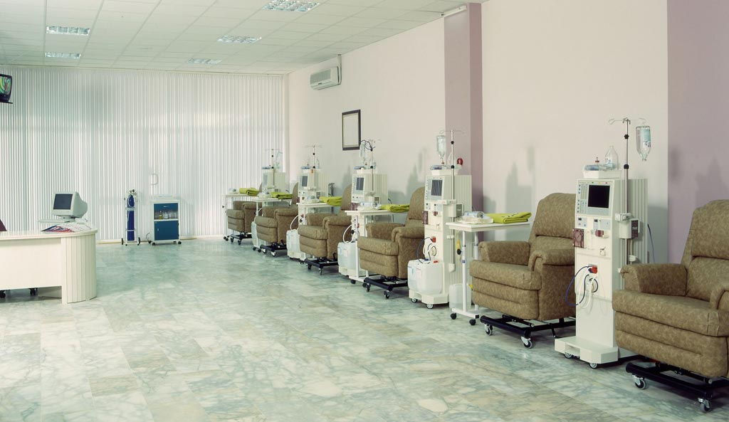 Image: Commercial dialysis centers may lack incentive to refer patients to transplant centers, according to a new study (Photo courtesy of iStock).
